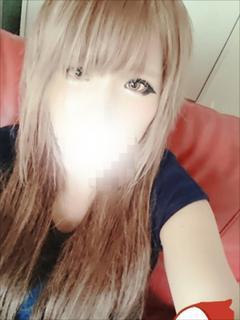 ユイナ奥様(23)